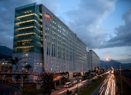 edificio_bancolombia_-_luces-1